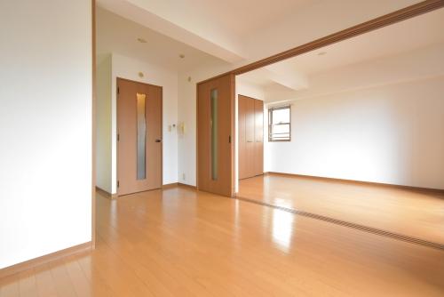 アークプラザしおばる / 301号室